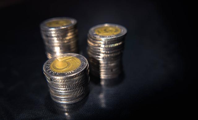 Zadłużenie firmy w  ZUS i/lub US – co robić?